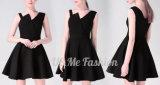 女性のためのカスタム黒く優雅で形式的なパーティー向きのドレス