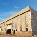 Entrepôt léger de structure métallique avec le faisceau de grue
