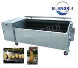 Produtos hortícolas e frutos do peeling de alimentar a máquina de lavar roupa