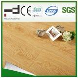 plancher facile favorable à l'environnement 12mm en cristal de stratifié de système de blocage de la noix HDF de lumière de fini de 8mm