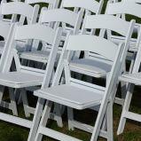 ウィンブルドンの白い椅子