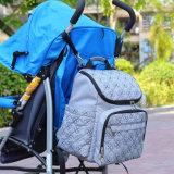Grauer Windel-Beutel-Großhandelsrucksack mit Spaziergänger-Brücken für Baby