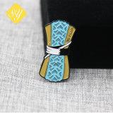 Comercio al por mayor de aleación de zinc fundido Pin emblema distintivo de la Policía Militar