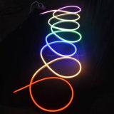 屋外の景色の装飾のための極度の明るい滑走路端燈12V LEDのネオン屈曲ロープライト