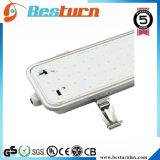 LED Tri-Beweis Licht 120-130lm/W mit bereiftem Deckel