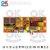 Старинные цветные пластмассовые крытый детская площадка слайд