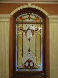 Het Venster van de Comités van het Gebrandschilderd glas van de Stijl van Tiffany