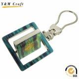 La figura quadrata 360 gira la catena chiave del metallo (Y052)