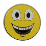 Insigne mol d'émail de forme ronde de logo de sourire d'Emoji