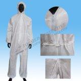 使い捨て可能な防護衣、折り返しのジッパーが付いている微小孔のあるつなぎ服