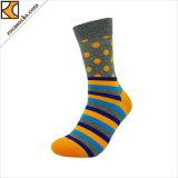 Мужские хлопок высокого колена Polka Dot Custom носки (165016SK)