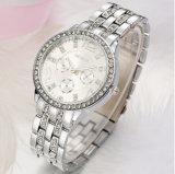 Der Quarz-Uhr-Männer der Frauen der Form-Männer Diamant-Verzierte Stahluhr