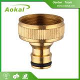 """園芸工具3/4 """"真鍮水付属品のカップリングの黄銅のコネクター"""