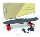 Individu électrique de planche à roulettes de 4 roues équilibrant le moteur électrique de Hoverboard