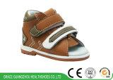 Rouge/chaussures occasionnelles de sûreté infantile bébé de Brown pour empêcher le pied plat