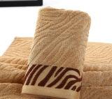 Подгоняйте полотенце ванны хлопка жаккарда гостиницы логоса