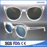 Gafas de sol plásticas de la inyección del marco transparente de Soflying con la lente 2c