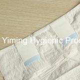 Super absorbantes couches organiques de la Chine adulte à usage unique avec image de marque OEM