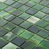 Il cinese del materiale da costruzione fornisce il mosaico di vetro del mestiere delle mattonelle della stanza da bagno