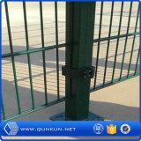 Mejor precio de fábrica de metal de calidad poste de la cerca en venta
