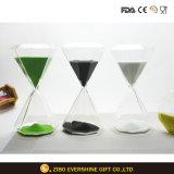 Sandglassの水晶旧式な砂の芸術の砂時計かギフト