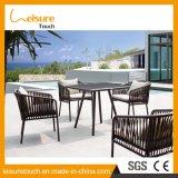 A mobília ao ar livre ajustada a mais atrasada do pátio da tabela de jantar do Rattan da venda por atacado