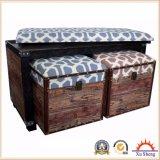 Table basse en lin bois en bois avec tabourets ottomans