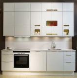 普及した様式のMDF E1/E0の食器棚の高い光沢のあるラッカー終わり