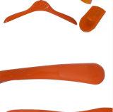 ブランドの店のための着色された安い子供のプラスチック上のハンガー