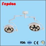 Duas cabeças de câmara de vídeo LED Lâmpada cirúrgica (700/500)