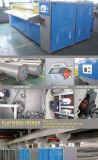 Máquina passando rolo liso industrial automático profissional do trabalho da roupa do único