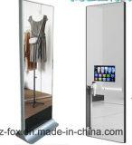 Fußboden 43inch, der magischen Spiegel-DigitalSignage, interaktiven Anzeigen-Spieler mit Bewegungs-Fühler steht