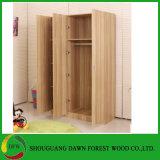 Schlafzimmer-Garderoben-Wandschrank und Garderoben-Tür