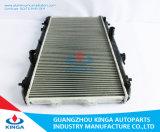 販売の車のラジエーターの修理サービス2007 KIA Cerato OEM 25310-2f840の自動ラジエーター