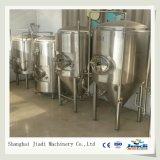 Equipamento industrial de fabricação de cerveja