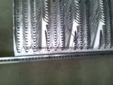 Оцинкованный скачки на стене проволочной сеткой ограждения
