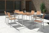 ホテルの裏庭のテラスのデッキのための椅子Fscのチークの木の家具を食事する現代ヨーロッパの屋外の庭