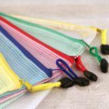 Saco feito sob encomenda dos artigos de papelaria do engranzamento do PVC da cor dos doces com Zipper