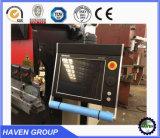 O NC controla a máquina de dobra hidráulica da placa de aço