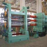 Tissu de polyester de pneus Pneus Core recto-verso rouleau recouvert de caoutchouc couvrir quatre Machine de la calandre