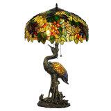 Lampe de table Tiffany de haute qualité avec de magnifiques vitraux