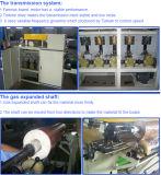 Decorar el marco de madera de la máquina