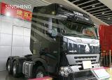 6X4 10wheelsを運転するSinotruk HOWO A7のトラクターのトラック