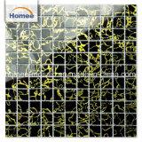 Mosaico nero di riserva di vetro di reticolo dell'oro della miscela per il materiale decorativo della parete della Camera