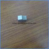 Qualitäts-Schrauben, die Teile maschinell bearbeiten