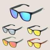 2018 colorida mujer gafas de sol polarizados UV400 Logotipo personalizado
