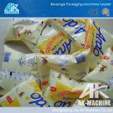 Bolsita de agua mineral de la presentación de la máquina