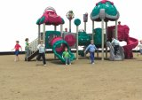Campo de jogos ao ar livre do estilo o mais novo para o parque de diversões das crianças