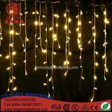 LED que enciende luces blancas calientes del carámbano del goteo de la decoración al aire libre de la Navidad