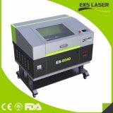 Incisione di cuoio del legno di piccola dimensione della tagliatrice del laser del CO2